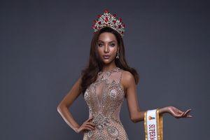 Người mẫu có đôi chân dài nhất Việt Nam được cấp phép thi 'Siêu mẫu Quốc tế 2018'