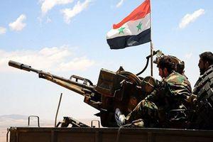 IS tổn thất nặng sau màn hỏa lực dữ dội của quân đội Syria ở sa mạc Palmyra