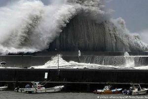 5.000 người kẹt ở sân bay Kansai của Nhật vì bão lớn