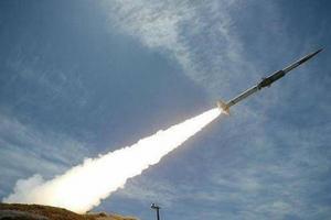 Saudi Arabia bị tấn công tên lửa từ Yemen