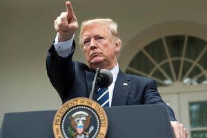 Washington lao vào cuộc đồn đoán người viết bài báo nói xấu TT Trump