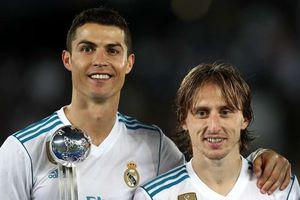 Modric: 'Ronaldo đã nhắn tin chúc mừng và nói tôi xứng đáng thắng'