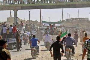 Chiến sự nóng Syria: Không ai ngăn được cú đấm vào Idlib?