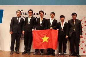 Đoàn Việt Nam giành HCV tại Olympic Tin học quốc tế 2018