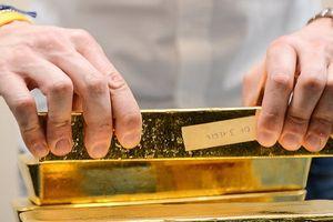 Giá vàng giảm nhẹ trong tuần