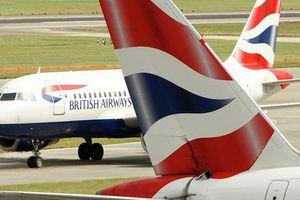 Đặt vé máy bay, 380.000 khách bị đánh cắp dữ liệu thẻ ngân hàng