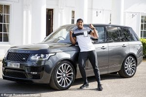 'Vua quyền anh' Anthony Joshua bị mất cắp Range Rover