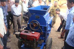 Nghiên cứu bò để sáng chế máy vặt hạt điều