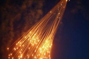 Nga tố chiến đấu cơ Mỹ thả bom cấm xuống Syria