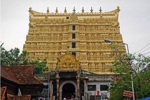 Ngôi đền 'giàu nhất Ấn Độ': Cánh cửa khóa bí ẩn bất khả xâm phạm