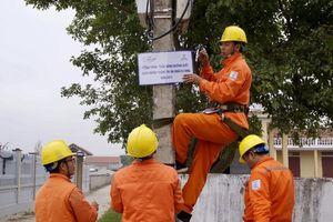 Vận hành an toàn lưới điện mùa mưa bão
