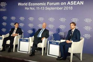 Chủ tịch WEF: 'Lỡ chuyến tàu Cách mạng 4.0 là bỏ lỡ sự phát triển thịnh vượng'