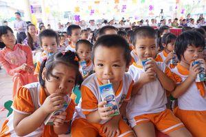 Triển khai chương trình Sữa học đường: Góp phần nâng cao tầm vóc trẻ em Hà Nội