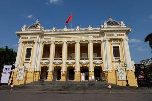Nhà hát Lớn Hà Nội mở lại tour du lịch tham quan sau thời gian bị gián đoạn