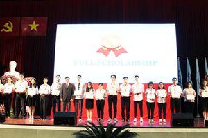 Trường ĐH Quốc tế TPHCM khai giảng năm học mới