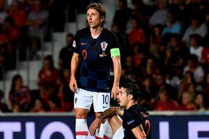Á quân World Cup 2018 Coatia bị Tây Ban Nha vùi dập