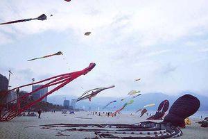 Cả đại dương 'tung bay' trên những cánh diều trước biển Đông Đà Nẵng