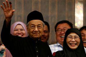 Dr Mahathir Mohamad thắng cử - không chỉ là chiến thắng của một ông già