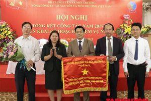 Tổng Công ty TN&MT Việt Nam vinh dự nhận Cờ thi đua của Chính phủ và Huân chương Lao động hạng Ba