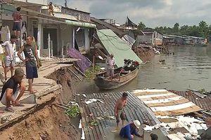 Sạt lở đất đe dọa dân cư ven sông Cà Mau