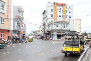 Cô Tô mất điện do sét đánh: Chính quyền khuyến cáo khách tạm hoãn ra đảo