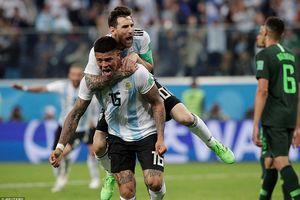 Argentina lách qua khe cửa hẹp vào vòng 1/8 World Cup
