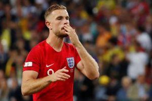 Đội trưởng Liverpool nhận 'gạch đá' vì suýt làm tuyển Anh về nước