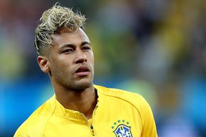 Ăn vạ tại World Cup, Neymar bị truyền thông vùi dập