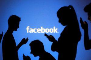 Anh siết chặt quản lý mạng xã hội