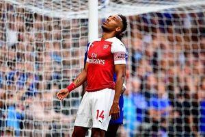 Arsenal thua Chelsea, fan thay nhau chế giễu Aubameyang
