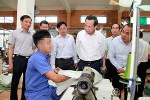 Bộ trưởng Đào Ngọc Dung: Hà Nội không được chủ quan, thỏa mãn với thành tích của mình