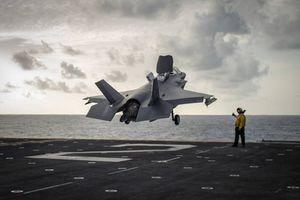 Tàu đổ bộ mang máy bay F-35B Mỹ đến Trung Đông