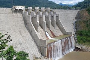 Thủy điện thượng nguồn Vu Gia phải xả nước cho Đà Nẵng