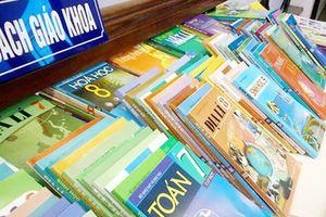 100 triệu cuốn sách giáo khoa thành giấy vụn, lãng phí nghìn tỷ đồng