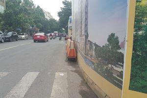 Vụ một dự án 'nuốt trọn' vỉa hè của nhiều đoạn đường: Nhà thầu 'cầm đèn chạy trước ô tô'