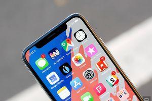 Apple khai t 3 mu iPhone c