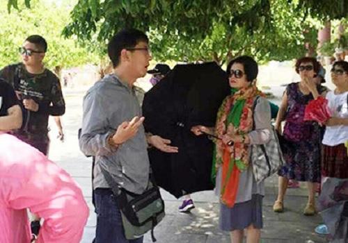 Đà Nẵng: Khó quản lý người nước ngoài vào thành phố du lịch trá hình