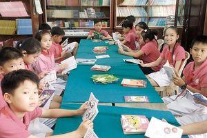 Gần 50% học sinh lớp 1 đã học, sách của GS Hồ Ngọc Đại vẫn là... thí điểm?!