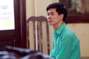 Công an Hòa Bình lý giải việc chuyển tội danh của bác sĩ Hoàng Công Lương