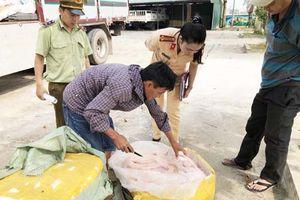 Thanh Hóa: Liên tiếp bắt giữ 2 vụ vận chuyển thực phẩm bẩn