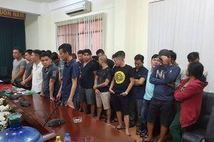 Gần 100 cảnh sát bao vây sới bạc 'khủng' ở Sài Gòn