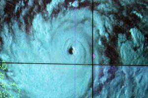 Cảnh báo về siêu bão Mangkhut ảnh hưởng trực tiếp đến Việt Nam