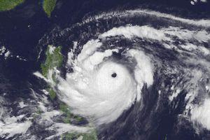 Hình ảnh vệ tinh mắt siêu bão Mangkhut cực mạnh