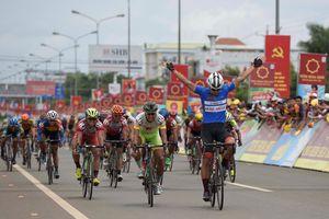 Các cua-rơ Việt Nam hết cơ hội tại giải đua xe VTV Cup 2018