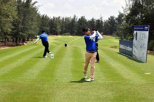 Hơn 140 tay golf tham dự giải golf Doanh nhân trẻ