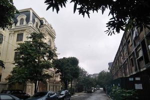 'Khu ổ chuột' giữa lòng Thủ đô: Vì sao chính quyền địa phương 'kêu khó'?
