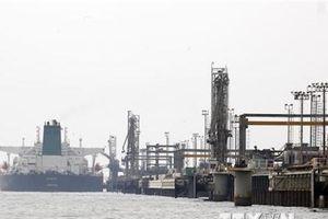 Iran: Mỹ khó cắt giảm lượng dầu xuất khẩu của Tehran xuống mức 0