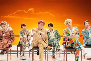 Bóc giá loạt đồ đắt đỏ đầy màu sắc của nhóm BTS trong siêu phẩm MV từng gây sốt mang tên 'Idol'
