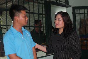 Thứ trưởng Nguyễn Thị Hà thăm, làm việc tại cơ sở cai nghiện số 3