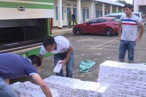 Đắk Lắk: Bắt xe khách độ chế hầm để chở 3.500 gói thuốc Jet lậu
